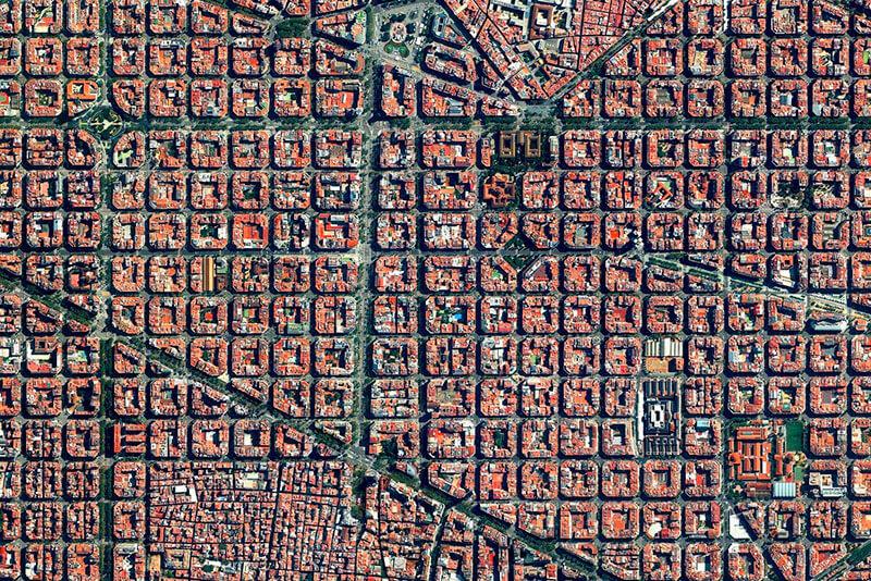 Discover the Eixample - Barcelona Sun & Segway